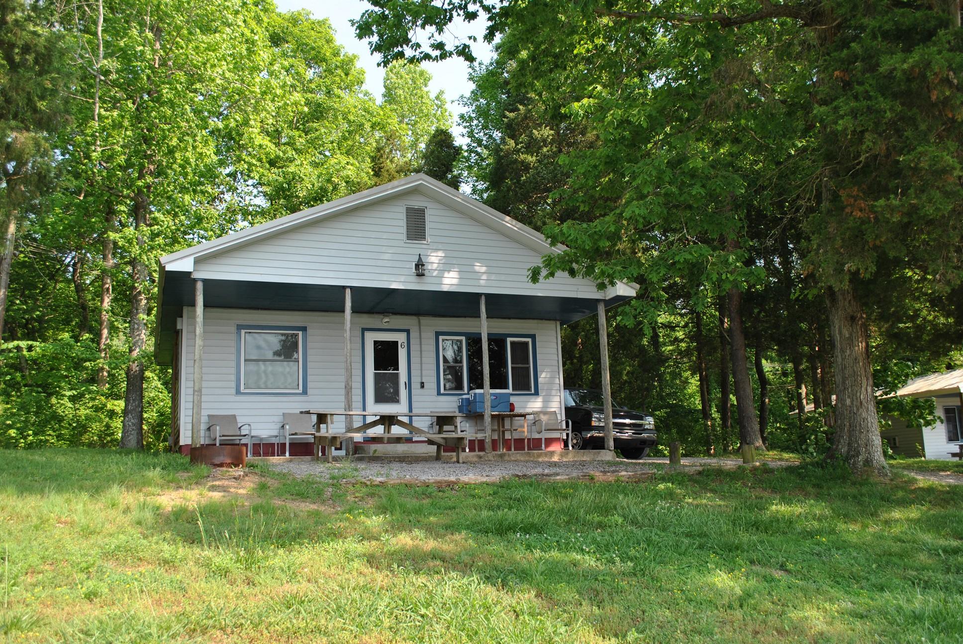 2 bedroom cabins for Piney shores resort cabine